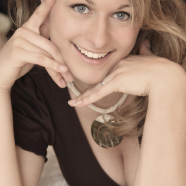 1Katja-WMH29-Model-Messehostess-Promoterin-Offenburg